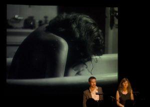 Image tirée d'une conférence performée, La Peur, créé avec Laurent Larivière en 2012.